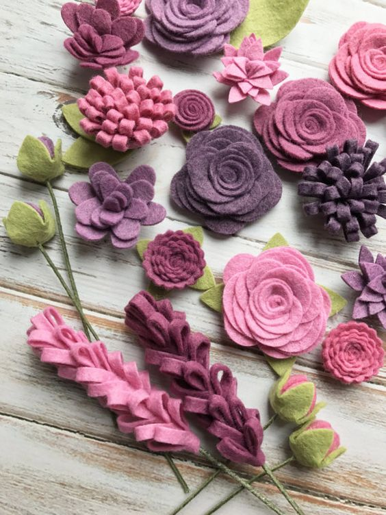 This set is amazing - great colors and so many ways to use these. Baby Shower Head Band Station Wreath for your any room in your house Bridal Showers Birthday Parties Colors for flowers: Vineyard, Hydrangea, Pink Violet, English Rose, Mulberry. Leaves: Pea Soup Pick how many sets