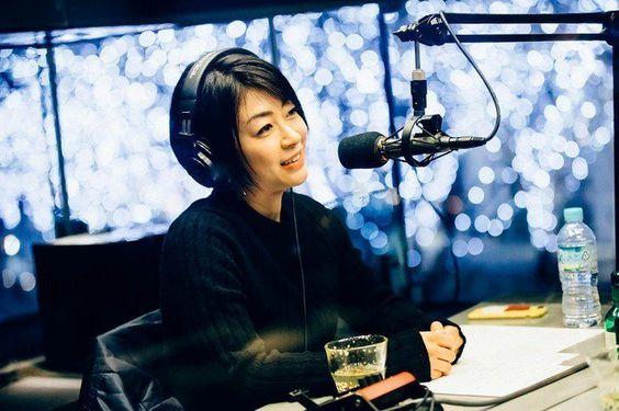 ラジオ収録中の宇多田ヒカル