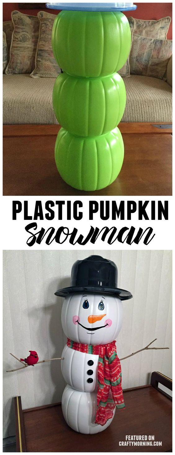 Usa i secchi di zucca in plastica di Halloween per creare una decorazione simpatica per il pupazzo di neve per Natale! Bambini carini artigianali