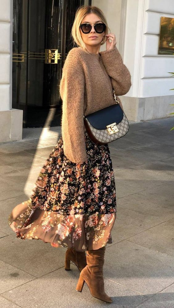 fashionable winter outfit / brown sweater crossbody bag floral skirt boots