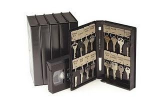 key holder made from vhs or cassette tape box. other ideas: Decorate for treasure box, pencil and school supply holder, First aid kit, Scrapbook kit, or Travel game box