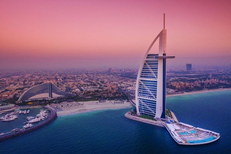 Burj Al Arab Jumeirah – Luxurious Hotel in the World