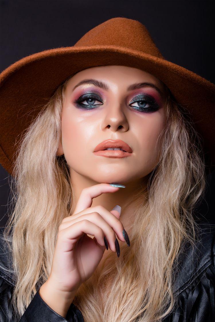 și Tu Poți Deveni Makeup Artist și Poți Realiza Machiaje