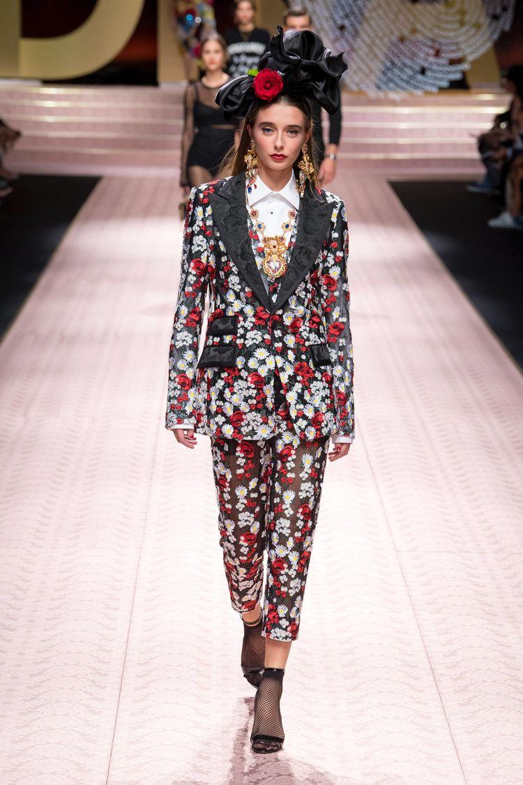 331fc0306d8b Dolce   Gabbana Spring 2019 Ready-to-Wear Fashion Show