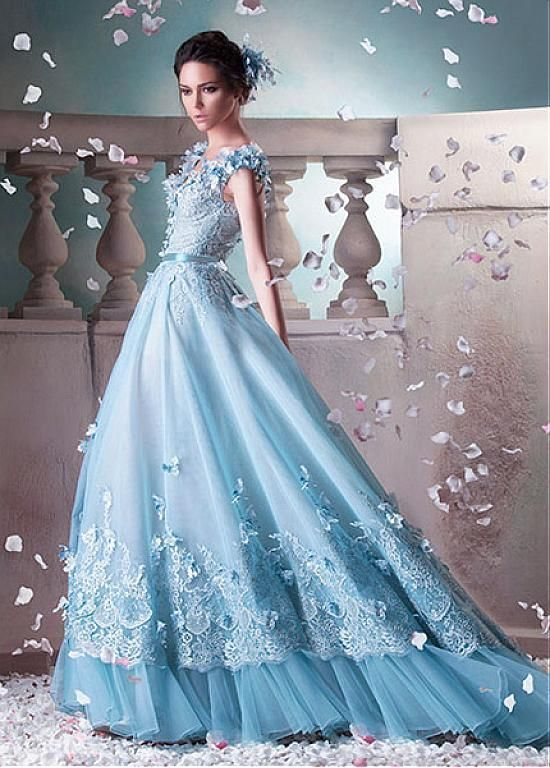 7707e431fc0 Gorgeous Tulle   Organza V-Neck A-Line Prom Dresses With Lace Appliques