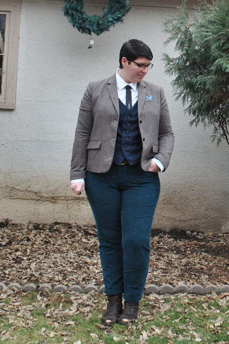 580e78fb790 Apr 26 9 Plus Size Cuties Share Tips For Androgynous Style