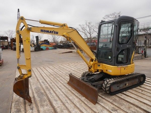 Komatsu pc30mr-2, pc35mr-2 galeo hydraulic excavator operat